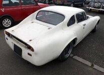 1970_Davrian_Mk.V_(white),_rear_right.jpg